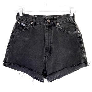 90's VINTAGE LEE High Waisted Cuffed Denim Shorts